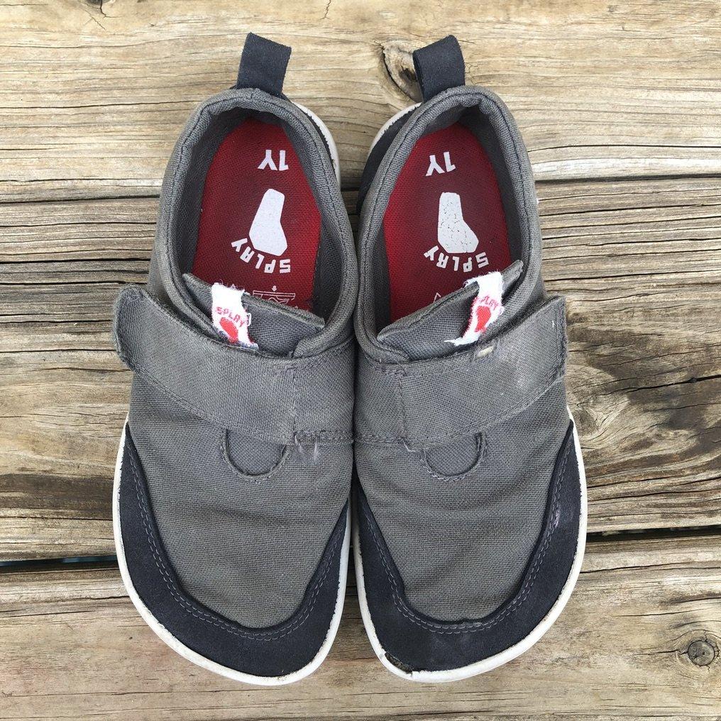Splay Athletics hammerhead kid's barefoot shoes